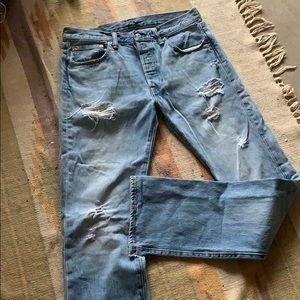 Levi's distressed straight leg Jeans